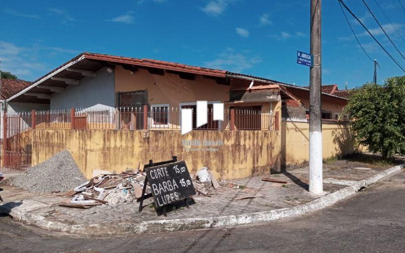 Linda casa de 3 dormitórios no Caiçara em Praia Grande SP.