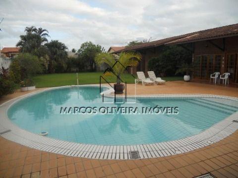 Casa 3 suítes com piscina