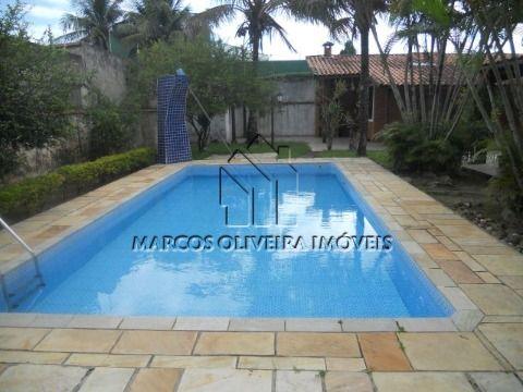 Casa 3 dormitórios com piscina
