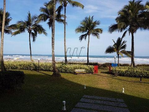 Pé na areia – 148 m² - Vista excepcional para o mar