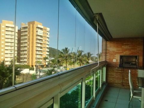 Apartamento em Riviera próximo à praia