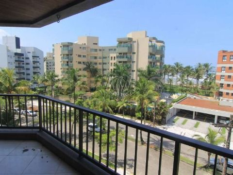 Apartamento  localizado a 150 metros da praia