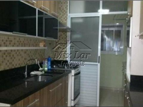 REF: 166908 - Apartamento no Bairro do Jardim Tupanci - Barueri SP