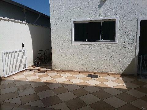 sobrado 3 dormitórios com suite na Vila Tupi