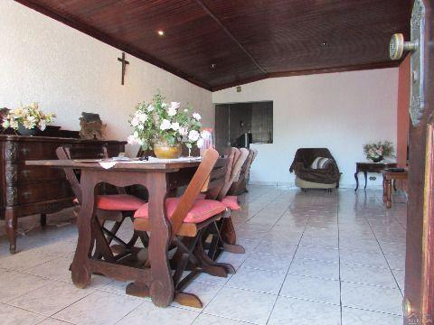 Linda casa 3 dormitórios com 2 suites na Tupi