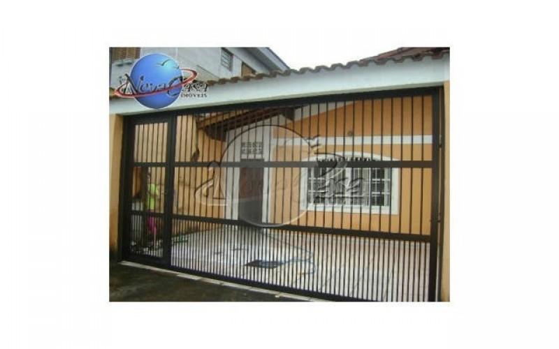 Lindo Casa de 125 m² no bairro Vila Tupi na cidade de Praia Grande - SP.
