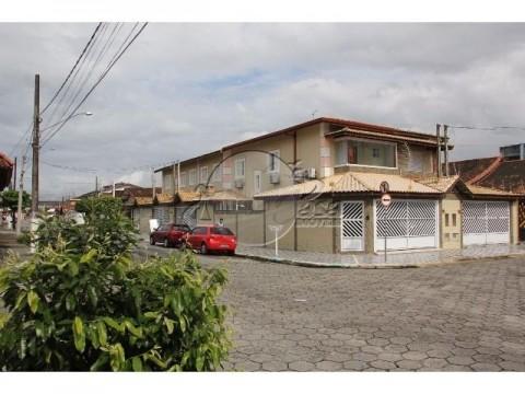 Casa 03 dormitórios à venda em Praia Grande