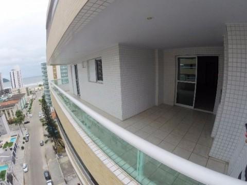 Apartamento de três dormitórios no Boqueirão Praia Grande-
