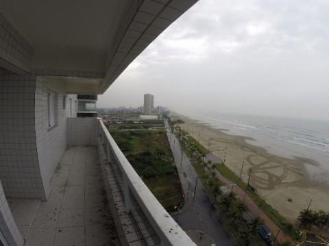 Apartamento de frente ao mar Praia Grande-SP