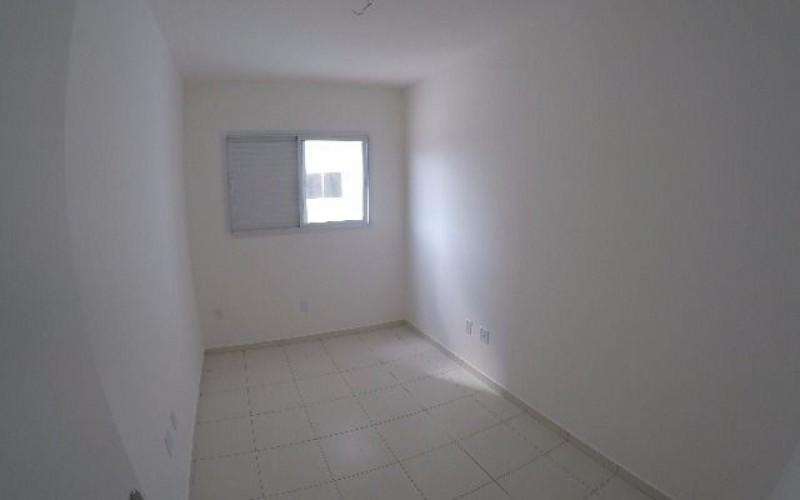 10 dormitorio.JPG