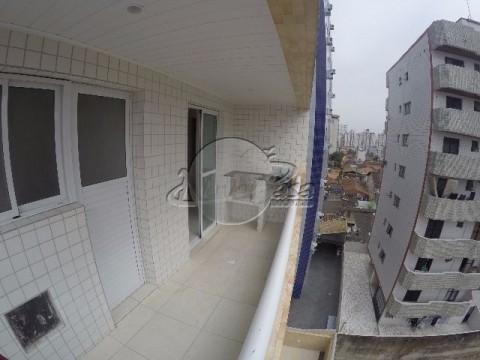 Apartamento no bairro do Campo da Aviação em Praia Grande