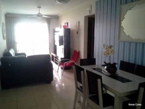 Apartamento em Praia Grande 2 dormitórios com sada de frente para o mar !
