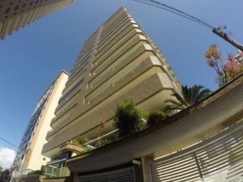 Apartamento a venda no Canto do Forte Praia Grande-SP. Alto padrão