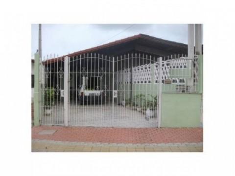 Casa 2 dorm na av. Presidente Kennedy  Vila Caiçara em Praia Grande SP.