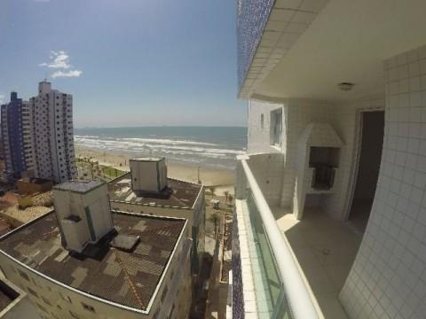 Lindo Apartamento 1 dormitório em frente a Praia