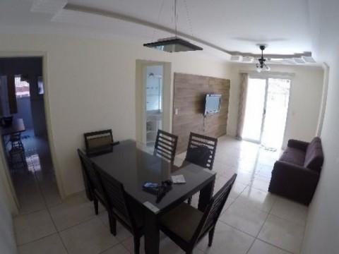 Excelente apartamento de 2 dormitórios sendo 1 suíte no Bairro Canto do Forte