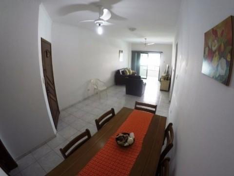 Apartamento em Praia Grande no Bairro Canto do Forte com 2 dormitórios sendo 1 suíte