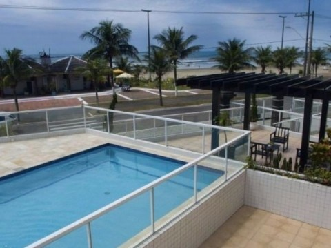 Apartamento, 1 dormitório (sacada, churrasqueira e linda vista para o mar) aceita financiamento!