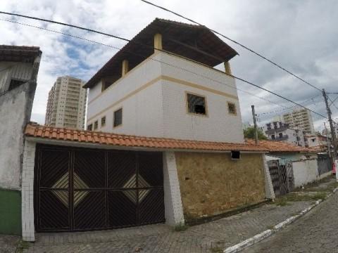 Casa com terraço em Praia Grande