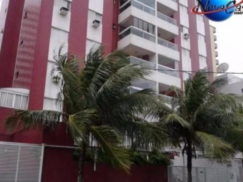 Apartamento no Canto do Forte 2 dorm, sacada com gourmet e piscina.