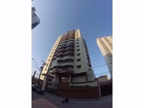 Apartamento de 02 dormitórios com 01 suíte na Praia Grande
