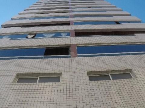 Apartamento 03 dormitórios Guilhermina Praia Grande