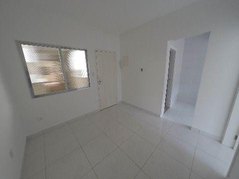 Apartamento um dormitório no Canto do Forte em Praia Grande 148.000,00
