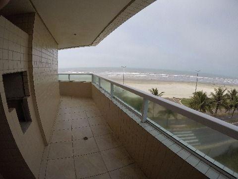 Lindo apartamento novo  em frente a praia com 02 dormitórios