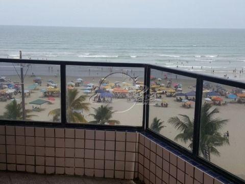 Apartamento frente para o mar, com linda vista  para a praia.  86,00 m² de área útil