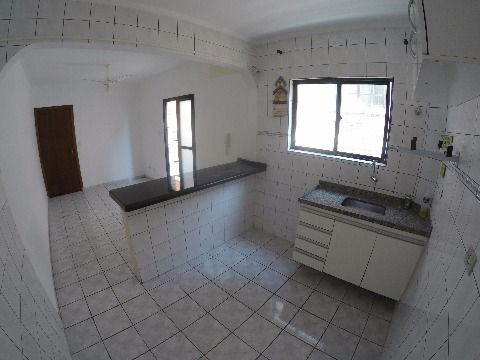 Excelente apartamento de 1 dormitório com cerca de 48m²