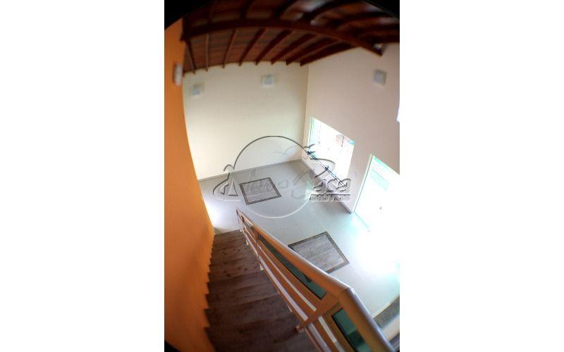 18Sala escada