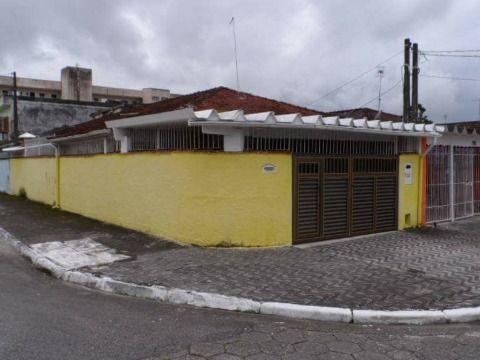 Casa de 02 Dormitórios de Esquina à Venda na Praia Grande - Bairro Vl. Mirim