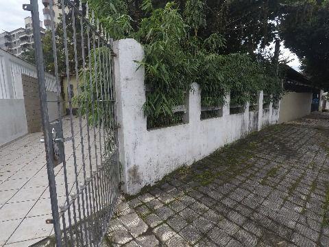 Casa com dois dormitórios no bairro Vila Caiçara em Praia Grande