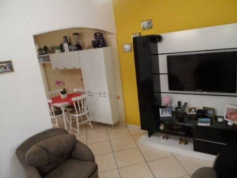 Linda Casa com dois dormitórios no bairro Vila Mirim em Praia Grande