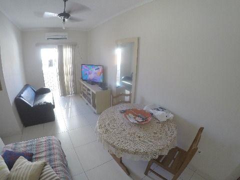 Apartamento de 1 dormitório no Bairro Campo da Aviação