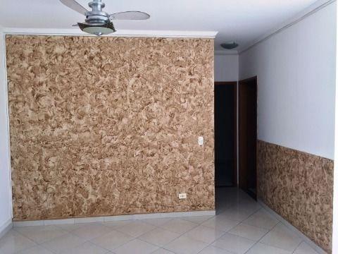 Apartamento de dois Dormitórios no bairro da Tupi em Praia Grande SP