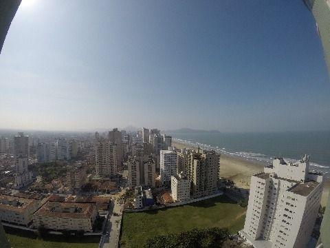 Apartamento três suítes na aviação em Praia Grande