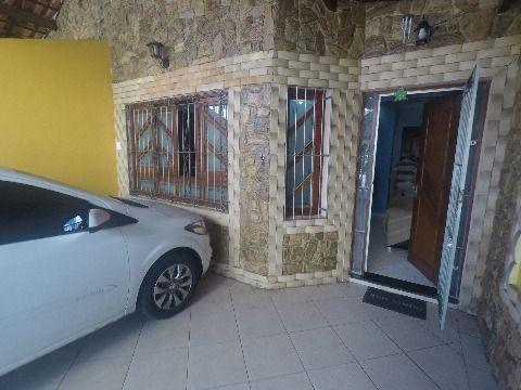 Casa com dois dormitórios no bairro Ocian.