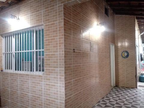 Casa de 2 dormitórios e 1 Suíte na Praia Grande - Aviação