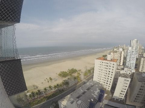 Apartamento com 3 Suítes à Venda na Praia Grande - Aviação
