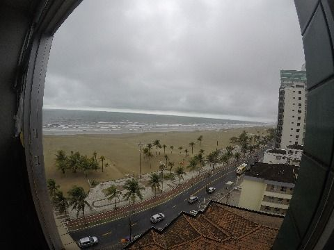 Kitnet - frente pro mar - Guilhermina/Praia Grande/SP