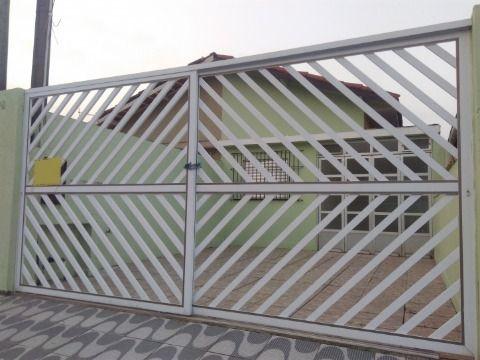 Casa Três Dormitórios com Edicula em Praia Grande SP