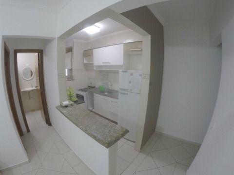 Excelente apartamento na Vila Caiçara, com 01 dormitório