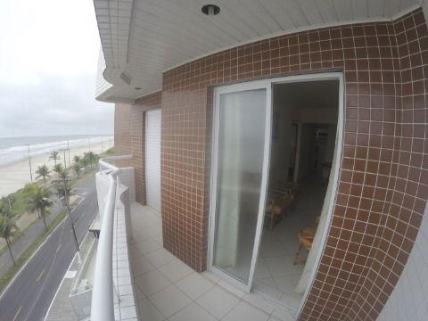 Apartamento de 02 Dormitórios Frente ao Mar!