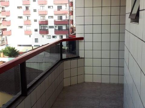 Apartamento com 01 dormitório na bairro Vila Tupi em Praia Grande