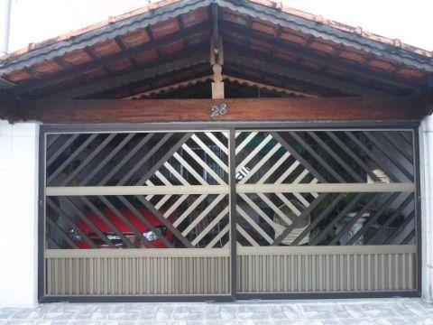 Casa Dois Dormitórios Com Uma Suíte na Ocian.