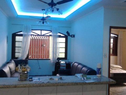 Casa dois dormitórios na Aviação em Praia Grande SP