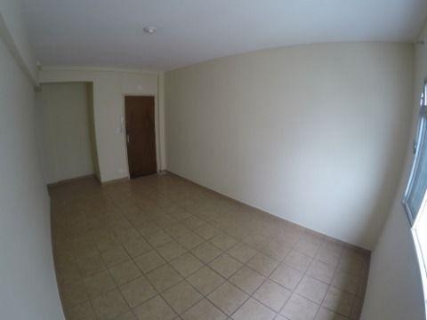 Apartamento de 1 dormitório muito amplo com cerca de 60,00m²