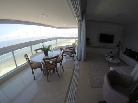 Lindo Apartamento com 03 Suítes de Frente para o Mar à Venda na Praia Grande