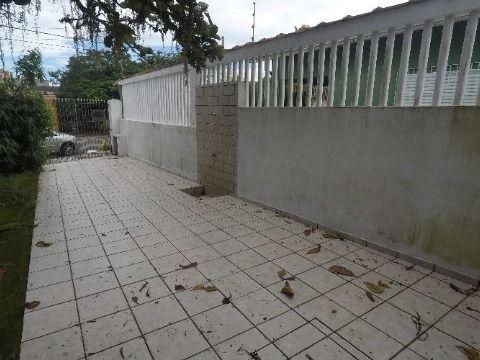 Casa com dois dormitórios no bairro de Vila Caiçara em Praia Grande